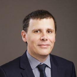 Co-fondateur  CEO et fondateur de  Fighting Spirit